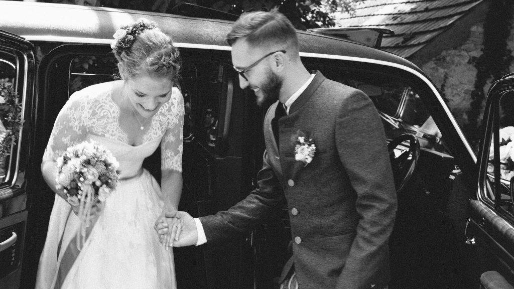Weddingcab - das Hochzeitstaxi mit Stil - Weddchecker