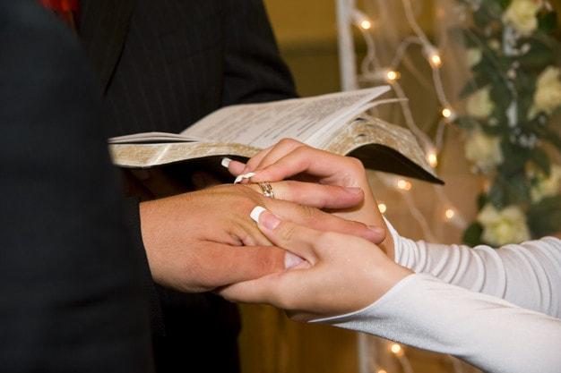 Hochzeitssangerin Munchen Hochzeitssangerin Oder Hochzeitssanger